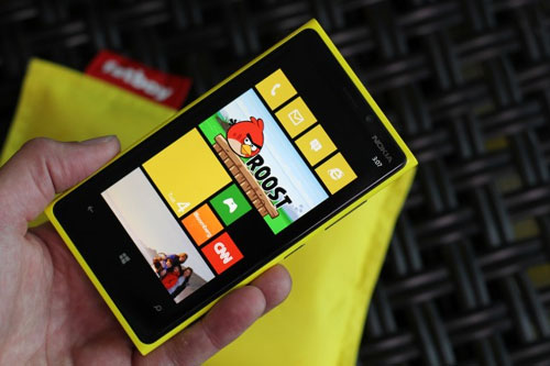 Angry Birds Roost Exclusive in Nokia Lumia via GadgetGaul.com